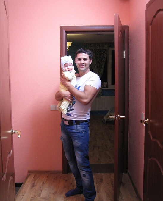 Даша и Сергей Пынзарь с малышом